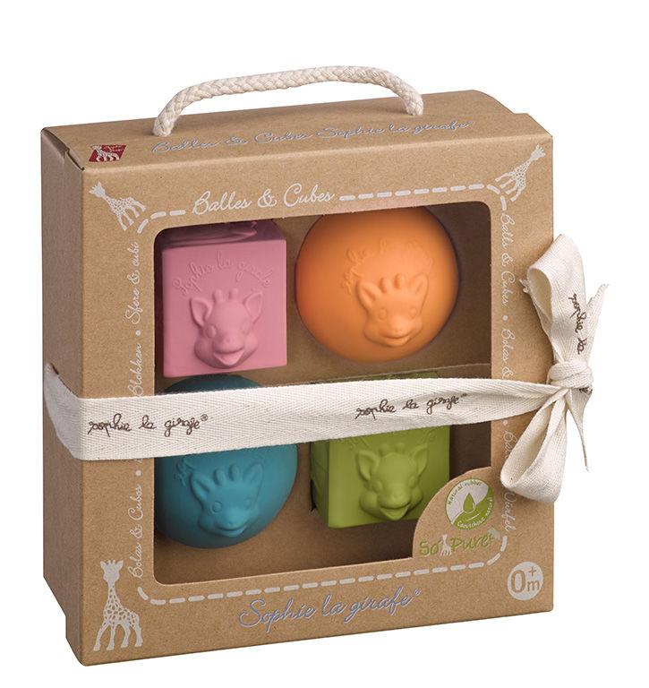 So'Pure Набор из 2 мячиков + 2 кубиков Sophie la girafe (сделаны из 100% натурального каучука)