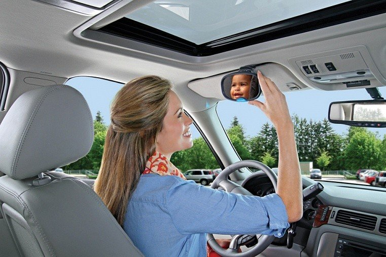 Munchkin зеркало контроля за ребёнком в автомобиле Baby Mirror