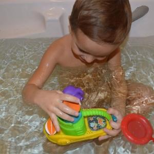 Munchkin игрушки для ванны Весёлая лодочка 12+